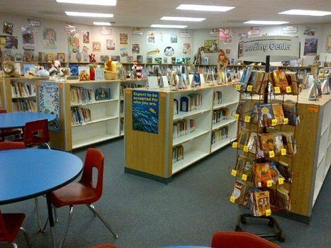 a Grade School Library