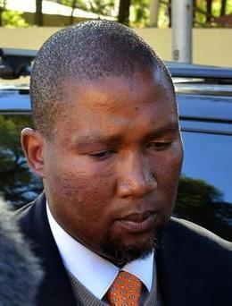 Mandela grandson rejects bid to sack him as clan chief - Politics Balla | Politics Daily News | Scoop.it