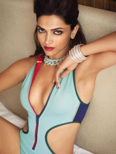 Deepika Padukone Hot, Sexy Pics In Movie Happy New Year | Actress Wallpapers Hd | Scoop.it