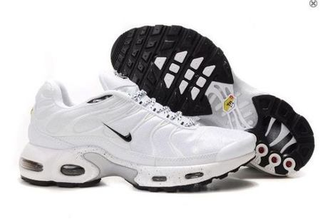 Chaussures Nike Air Max Tn Hommes Blanc Noir Pas Cher | fashion outlet | Scoop.it
