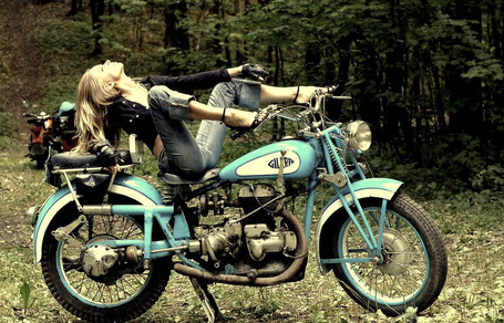 Gilera Girl | Silodrome | Cafe Racers | Scoop.it