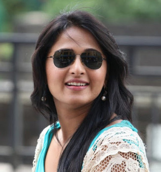 Anushka Shetty with her Stylish Branded Eyewear Glasses with open hair   CHICS & FASHION   Scoop.it