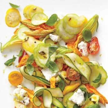 Shaved-Squash Salad with Tomatoes, Zucchini Blossoms, Ricotta, and Thyme Oil - Whole Living Eat Well | À Catanada na Cozinha Magazine | Scoop.it