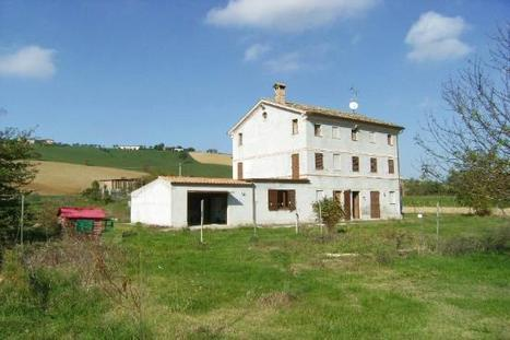 Best Le Marche houses for Sale: FarmHouses, Mogliano | Le Marche Properties and Accommodation | Scoop.it