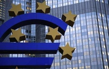 Insight: Europe faces moment of truth on banks, with flawed defenses | Facing The Challenges of the Declining Dollar | Scoop.it
