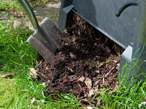 Worm Farming Makes Organic Compost for the Garden - Organic Gardening - MOTHER EARTH NEWS | Simply Grow Great Food | Scoop.it