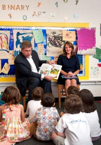 Nissan Supports Early Childhood Literacy in Middle Tennessee with $100,000 Donation to Governor's Books from Birth Foundation   Tennessee Libraries   Scoop.it