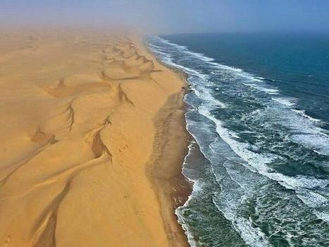 Namibia, where a desert meets ... | desert photography | Scoop.it