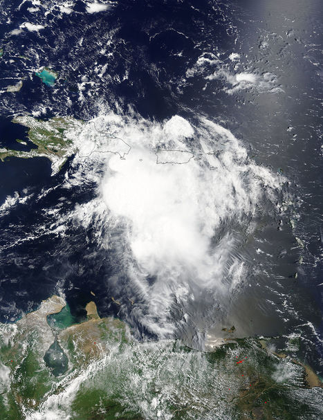 NASA, NOAA Satellites Show Erika Affecting Hispaniola | STEM Connections | Scoop.it