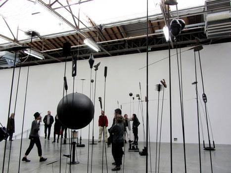 Takis: Signals | Art Installations, Sculpture, Contemporary Art | Scoop.it
