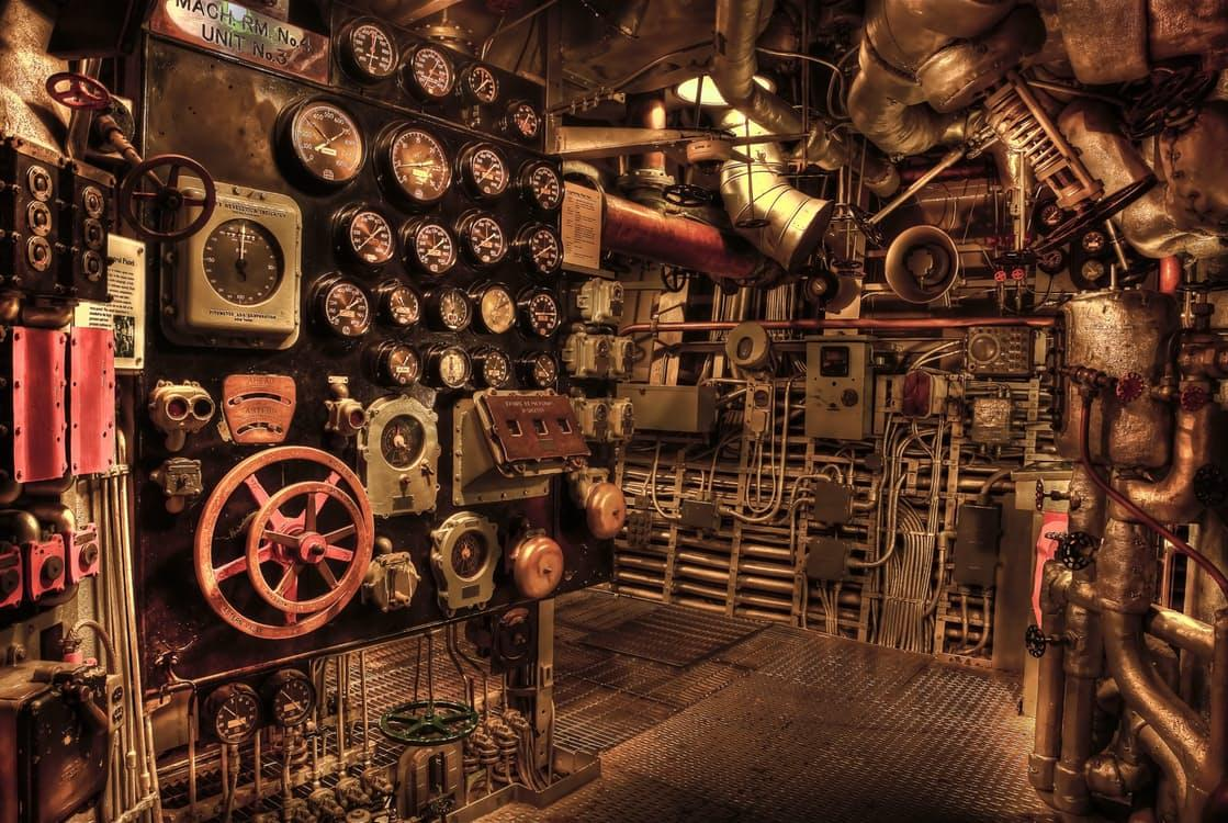 Macintosh HD:private:var:folders:q5:rsd0_dbd44z5tjq9r35qhvhm0000gn:T:TemporaryItems:battleship-engine-room-historic-war-53562.jpeg