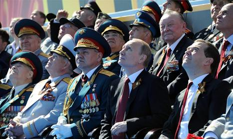 Vladimir Putin arrives in Crimea for Victory Day celebrations | Can't Stop | Scoop.it