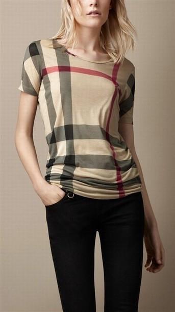 Burberry_T_Shits_001.jpg (JPEG Image, 404×720 pixels) - Scaled (94%)   Burberry Coats Outlet Sale,Burberry Coats For Women Sale online.   Scoop.it