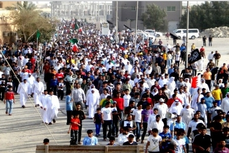 Funeral procession of Issa Mohammed - Bahrain Revolution's 21st Martyr | Human Rights and the Will to be free | Scoop.it