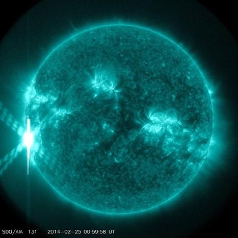 Sun Unleashes Monster Solar Flare, Biggest of 2014 | Vloasis vlogging | Scoop.it