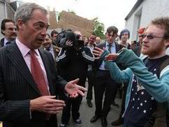 Nigel Farage's return to Scotland ends in chaos amid threats of 'violent' anti-UKIP demos | Nationalist Media Network | Scoop.it