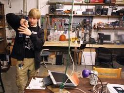 The hackers, tinkers and teachers of Ann Arbor 'makerspace' All Hands Active - AnnArbor.com | Maker Stuff | Scoop.it