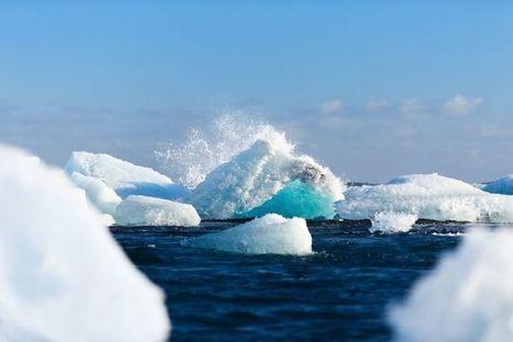 Des lacs bleus géants apparaissent en Antarctique et c'est une très mauvaise nouvelle | Zones humides - Ramsar - Océans | Scoop.it