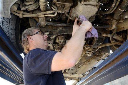 New Mexico blind man gets auto mechanics degree - Fort Worth Star Telegram | New Mexico News | Scoop.it