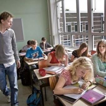 Un service civil dans l'enseignement secondaire? | Infor Jeunes Tournai | Scoop.it