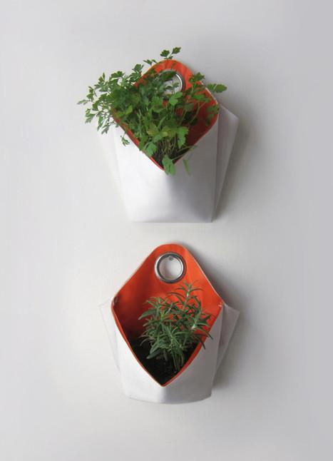 Nomad: A Portable Herb Planter - Design Milk | gourmet jam | Scoop.it