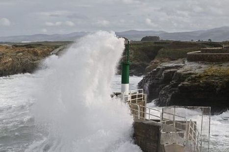 Body of man swept out to sea in Galicia washes up on beach - EL PAÍS in English | Information | Scoop.it
