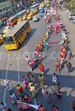 Indian Sex Workers Rally for Rights   #Prostitution : putes en lutte : paroles de celles qui ne veulent pas être abolies   Scoop.it