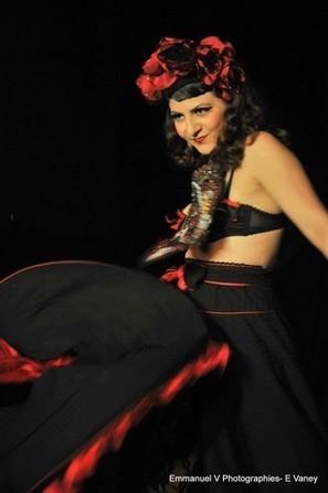 Interview burlesque : Valentina del Pearls | Valentina del Pearls (Le Burlesque Klub) | Scoop.it