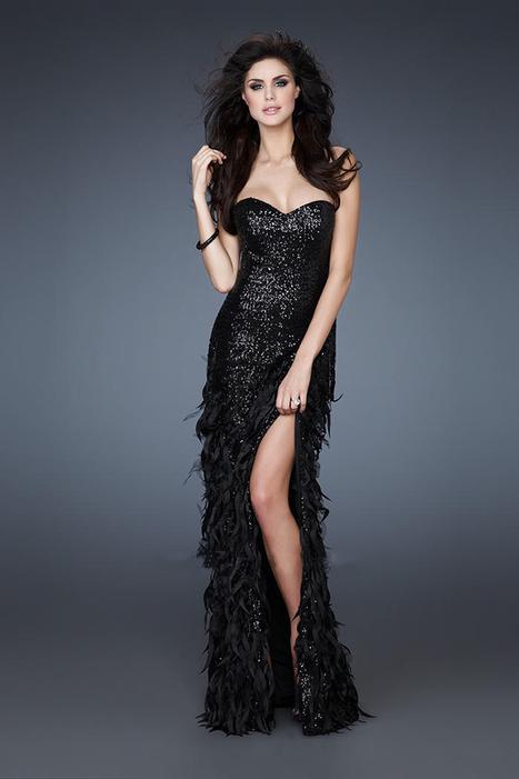 Exotic Black Sequin La Femme 18404 Neckline Prom Dresses [La Femme 18404] - $220.00 : La Femme Outlet, 60% Off La Femme Sale Online | gownprincess | Scoop.it