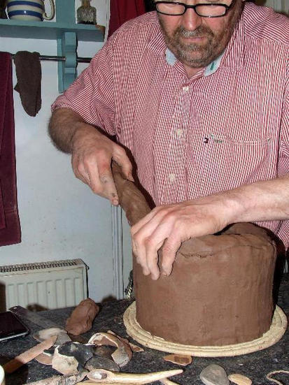 Twitter / Pottedhistory: I'm coiling Neolithic Grooved ... | Ancient Origins of Science | Scoop.it