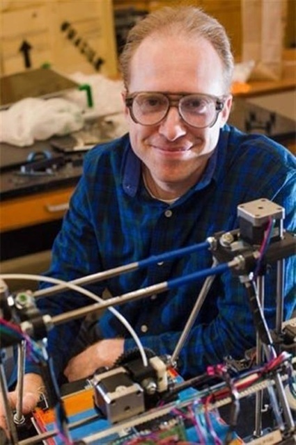 Michigan Tech and Eric Friesen help bring RepRap open source 3D printing | 3D Printing and Fabbing | Scoop.it