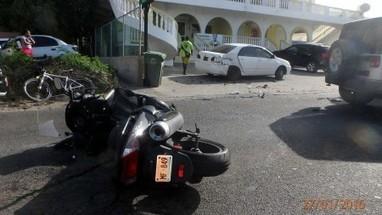 Accident entre une voiture et un scooter hier à Cole Bay   Les infos de SXMINFO.FR   Scoop.it