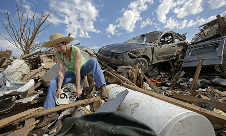 Huffington Post:  Asbestos, Lead Among Tornado Health Concerns As Cleanup Begins | Asbestos and Mesothelioma World News | Scoop.it