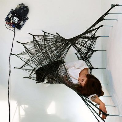Wall-CLIMBING robots build new structures from carbon fibre | Machines Pensantes | Scoop.it