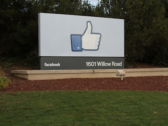 10 Things You Need To Know This Morning   Better know and better use Social Media today (facebook, twitter...)   Scoop.it