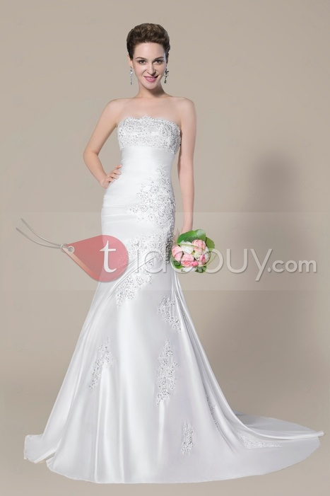 Charming Strapless Beading Applique Lace-Up Court Train Trumpet/Mermaid Wedding Dress | lovely girl | Scoop.it