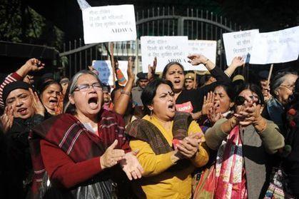 Un viol collectif horrifie les Indiens | A Voice of Our Own | Scoop.it