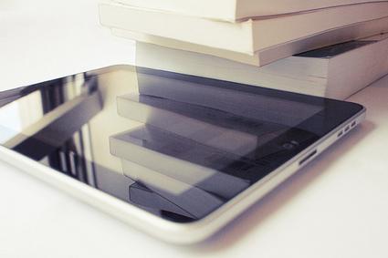 La bibliothèque universitaire de Caen prête des tablettes numériques | tablettes_en_mediatheque | Scoop.it