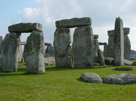 Stonehenge's Singing Stones - Archaeology Magazine | music acoustics | Scoop.it