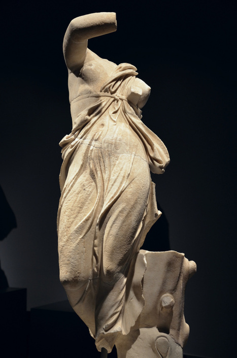 Art and sculptures from Hadrian's Villa: Marble statue of a dancing female figure | LVDVS CHIRONIS 3.0 | Scoop.it