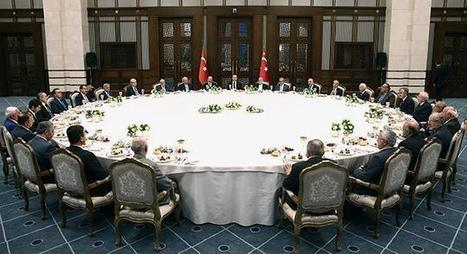 Erdogan's colossal dinner table inspires a stream of Turkish memes | AP Human Geography @ Hermitage High School - Ms. Anthony | Scoop.it