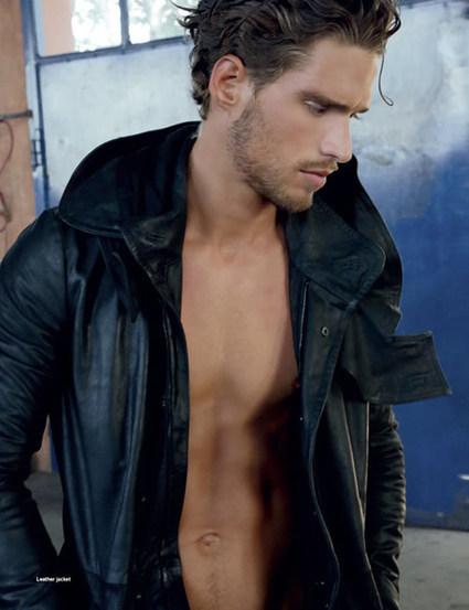 Simone Bredariol Editorial | Fashion Spread | DA Man | Italian | homorazzi.com | QUEERWORLD! | Scoop.it