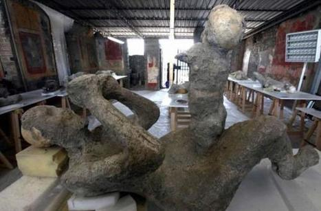 Frozen in Time: Casts of Pompeii Reveal Last Moments of Volcano Victims | Italia Mia | Scoop.it