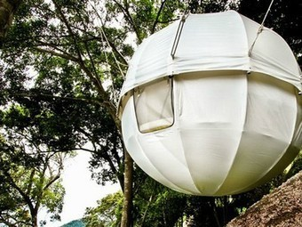 Prefab Cocoon Tree is a spherical pod for tree lovers | Family Adventure Lifestyle | Scoop.it