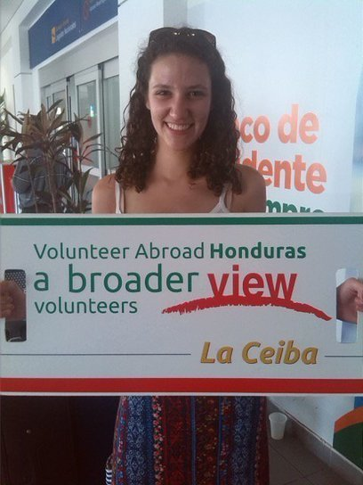 "Review Lizzie B. Volunteer in La Ceiba, Honduras health care program Abroaderview.org | ""#Volunteer Abroad Information: Volunteering, Airlines, Countries, Pictures, Cultures"" 