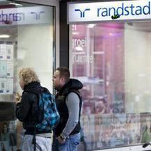 'Kabinet moet meer inzetten op bestrijding jeugdwerkloosheid' | Rosalie van Eyk verzorgingsstaat | Scoop.it
