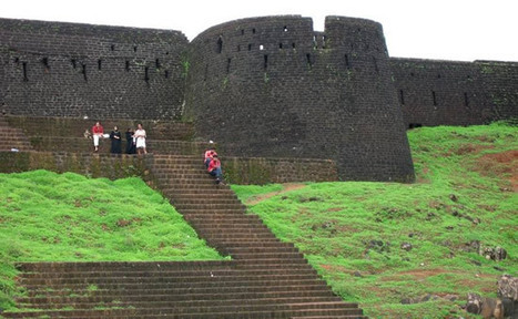 Bekal Fort of Kerala – one such holiday destination in India that depicts true splendour! | Holiday Resort Packages | Honeymoon Destination India | Scoop.it