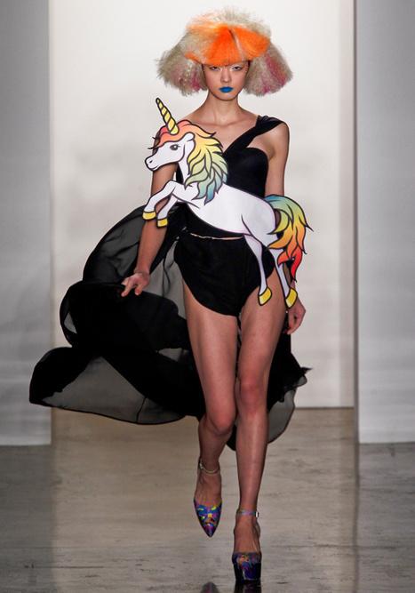 Les 5 looks les plus improbables de la Fashion Week   styleosophy   Scoop.it