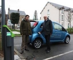 Borne gratuite de recharge pour véhicule électrique au Conseil ... | Voiture Hybride et Electrique: Les innovations | Scoop.it