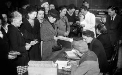 Anniversaire : il y a 70 ans, les femmes obtenaient le droit de vote   Textes pour mes élèves   Scoop.it